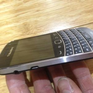 Blackberry BOLD 9930/9900 Straight Talk/Unlocked/Verizon/GSM – Used  Condition!