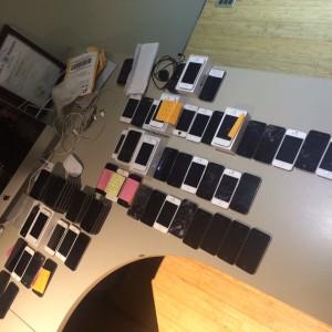 74 Broken / Working iPhones & Smartphones | BULK SALE